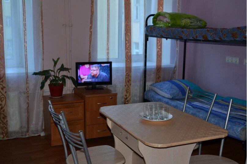 Общая комната 4 места, проспект Обуховской Обороны, 88 А, Санкт-Петербург - Фотография 1