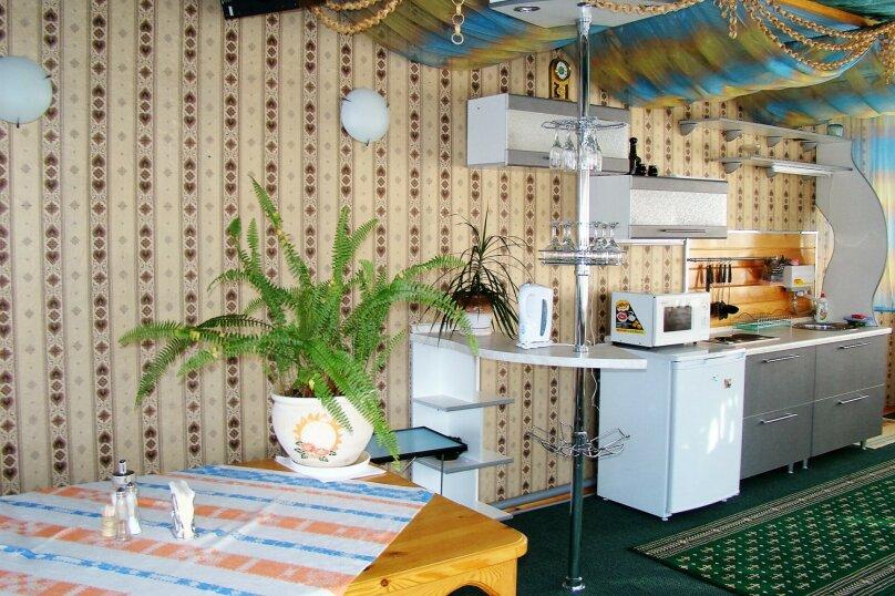 Апартаменты для отдыха горнолыжников и просто отдыхающих на зимний и летний периоды у Соболиной горы в Байкальске в благоустроенном коттедже, Красный ключ, 56 на 3 комнаты - Фотография 6