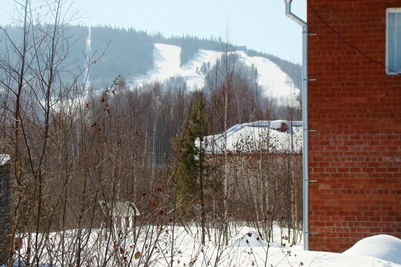 Апартаменты для отдыха горнолыжников и просто отдыхающих на зимний и летний периоды у Соболиной горы в Байкальске в благоустроенном коттедже, Красный ключ, 56 на 3 комнаты - Фотография 10