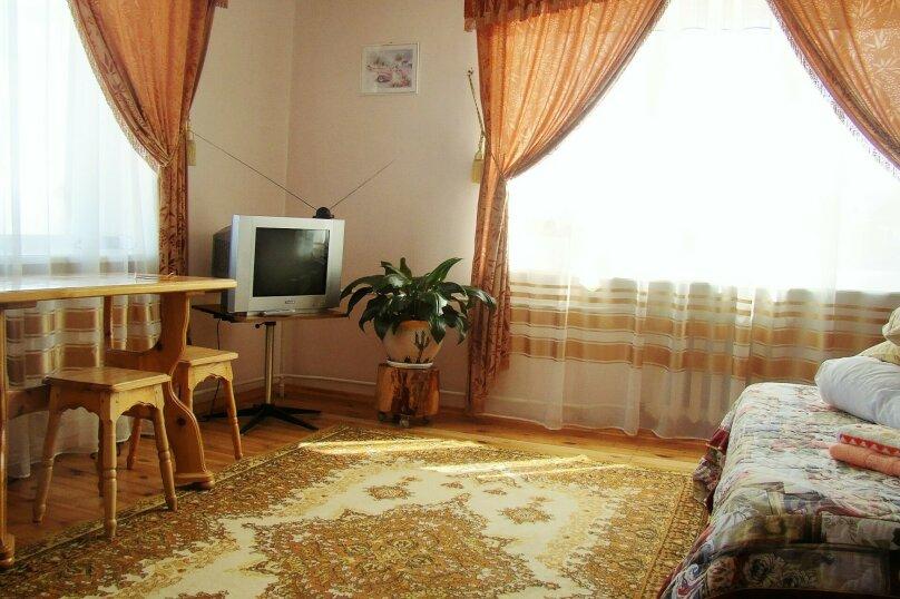 Апартаменты для отдыха горнолыжников и просто отдыхающих на зимний и летний периоды у Соболиной горы в Байкальске в благоустроенном коттедже, Красный ключ, 56 на 3 комнаты - Фотография 14