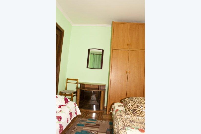 """Гостевой дом """"На Вагулы 6"""", улица Вагулы, 6 на 4 комнаты - Фотография 3"""