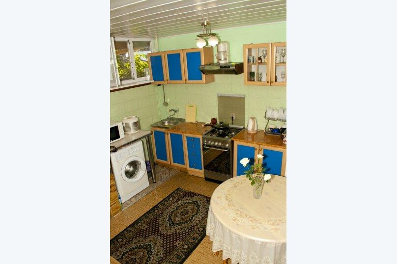 """Гостевой дом """"На Вагулы 6"""", улица Вагулы, 6 на 4 комнаты - Фотография 6"""