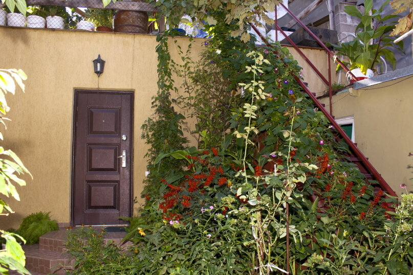 """Гостевой дом """"На Вагулы 6"""", улица Вагулы, 6 на 4 комнаты - Фотография 13"""