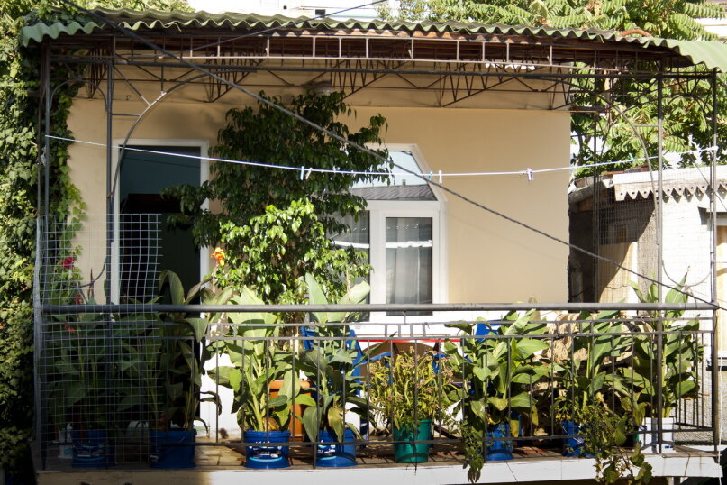 """Гостевой дом """"На Вагулы 6"""", улица Вагулы, 6 на 4 комнаты - Фотография 1"""