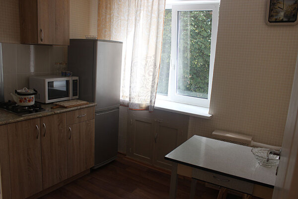 1-комн. квартира на 2 человека, Ленинский проспект, 23, Калининград - Фотография 1