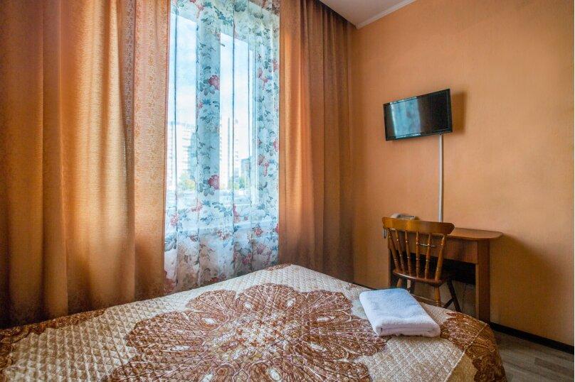 Одноместный номер эконом класса, Богатырский проспект, 32, к.1, Санкт-Петербург - Фотография 1