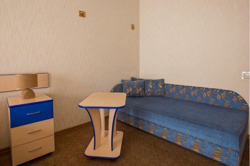Полулюкс с диваном, Богатырский проспект, 32, к.1, Санкт-Петербург - Фотография 1