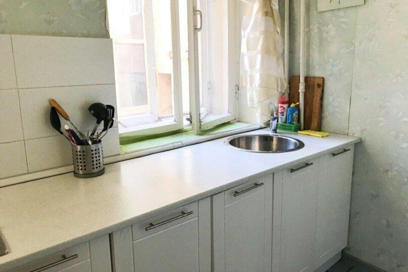 2-комн. квартира, 56 кв.м. на 6 человек, 8-я Советская улица, 33, Санкт-Петербург - Фотография 10