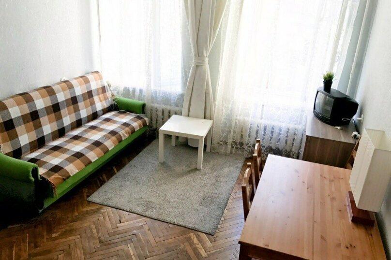 2-комн. квартира, 56 кв.м. на 6 человек, 8-я Советская улица, 33, Санкт-Петербург - Фотография 11