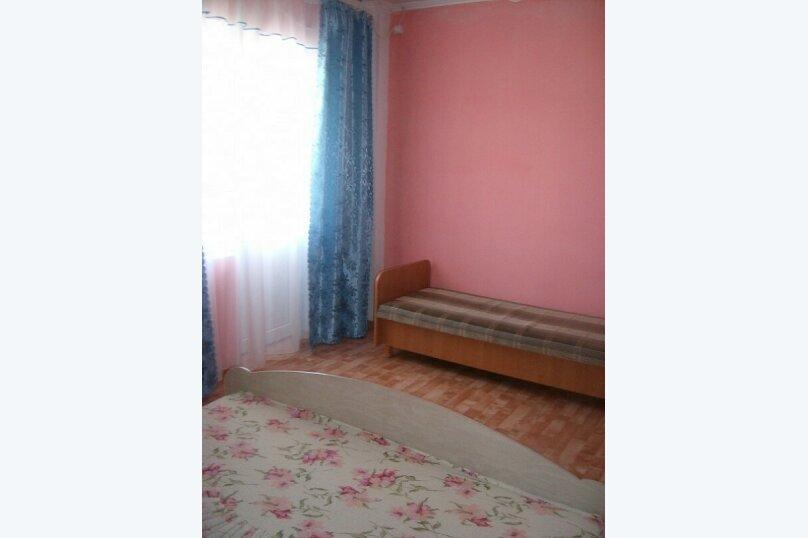 Гостиница 770353, улица Мусы Мамута, 16 на 10 комнат - Фотография 4