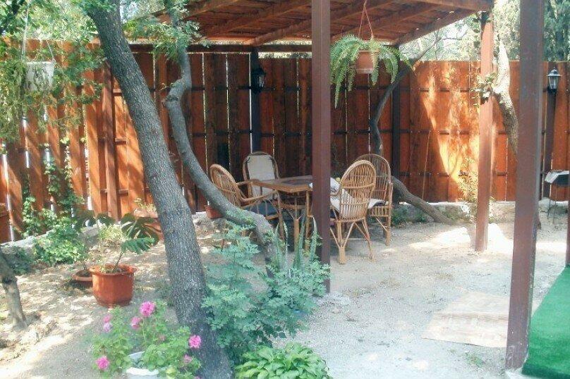 Коттедж на 12 гостей, 150 кв.м. на 12 человек, 1 спальня, Поселковая, 6, Ялта - Фотография 1
