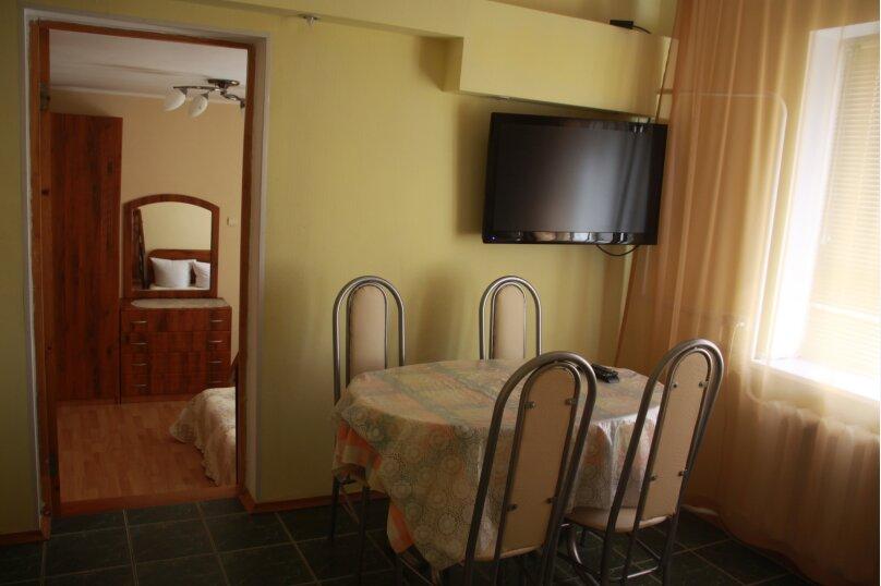 Люкс  2х комнатный с камином, улица Маяковского, 159, Анапа - Фотография 7