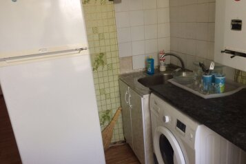 1-комн. квартира, 32 кв.м. на 2 человека, улица Макаренко, район Хотунок, Новочеркасск - Фотография 4