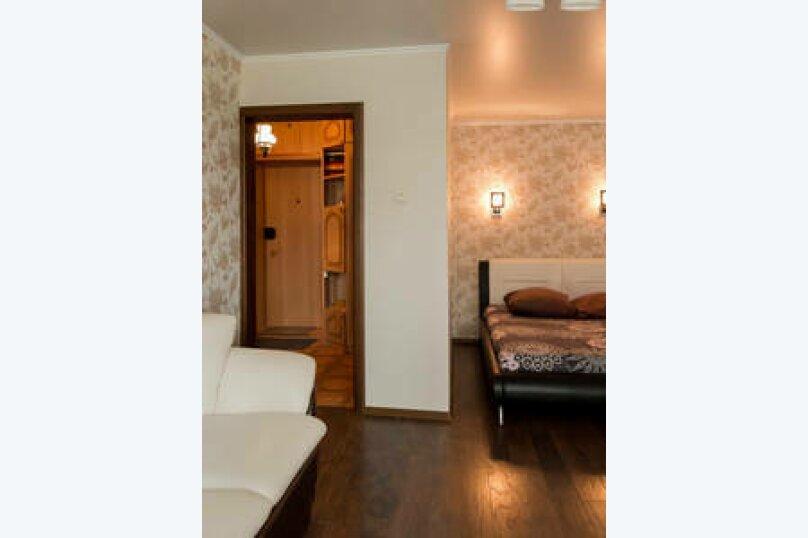 1-комн. квартира, 40 кв.м. на 3 человека, улица Фатыха Амирхана, 85А, Казань - Фотография 12