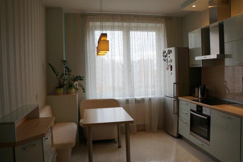 2-комн. квартира, 64 кв.м. на 4 человека, проспект Королёва, 65, Санкт-Петербург - Фотография 10