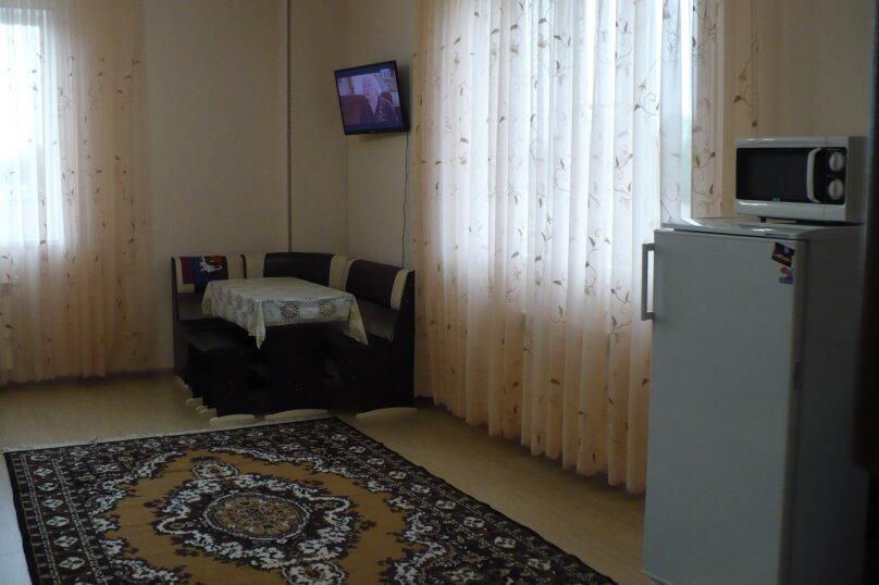 1-комн. квартира, 40 кв.м. на 4 человека, улица Гоголя, 31, Ессентуки - Фотография 3