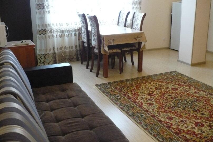 2-комн. квартира, 68 кв.м. на 5 человек, улица Гоголя, 31, Ессентуки - Фотография 5