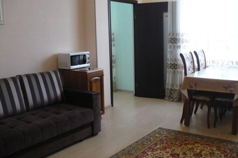 2-комн. квартира, 68 кв.м. на 5 человек, улица Гоголя, 31, Ессентуки - Фотография 6