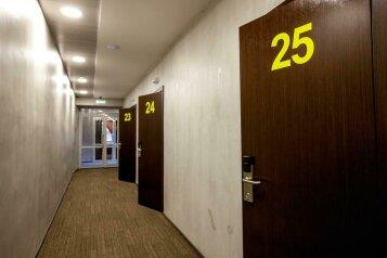 Хостел, улица Красина, 14с8 на 16 номеров - Фотография 2