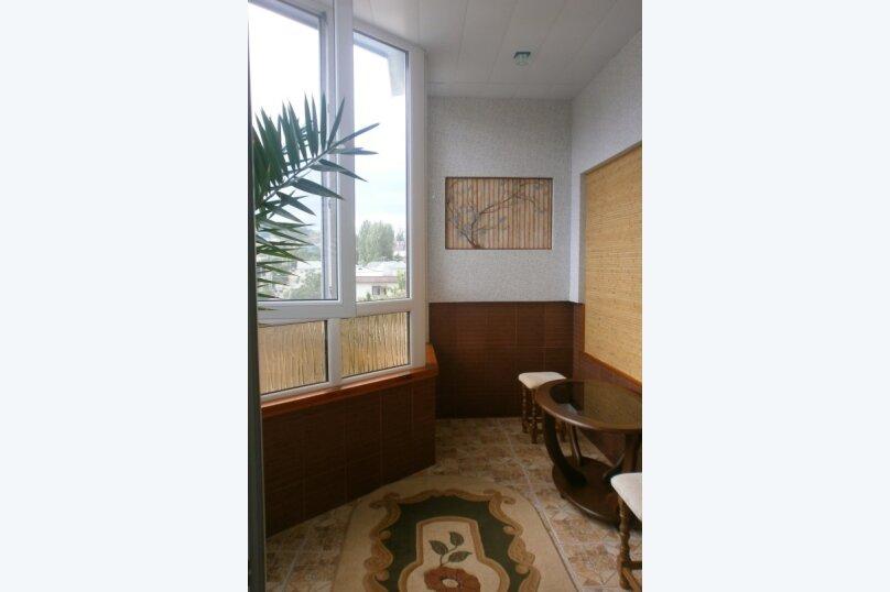 2-комн. квартира, 63 кв.м. на 5 человек, Ленина, 96, Судак - Фотография 2