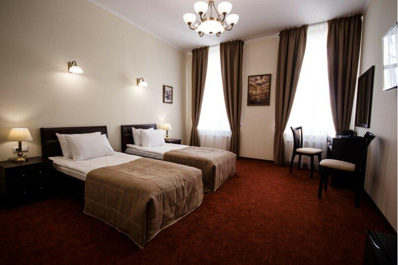 Большой двухместный номер с одной двуспальной кроватью или двумя односпальными кроватями., Загородный проспект, 5, Санкт-Петербург - Фотография 1