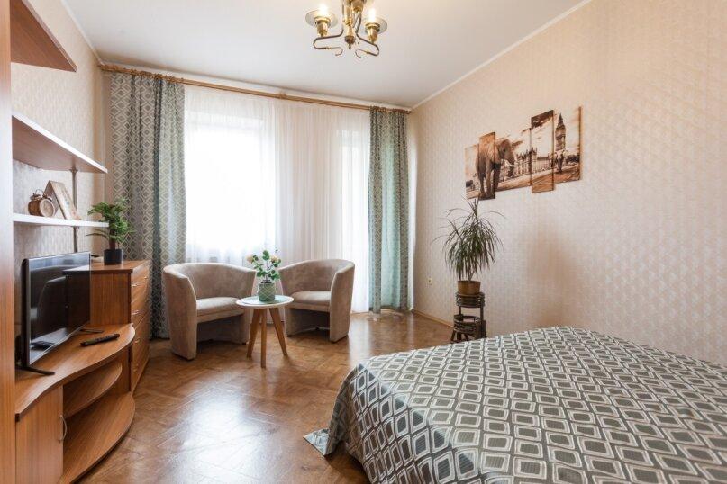 1-комн. квартира, 42 кв.м. на 3 человека, Коммунальная улица, 5А, Калининград - Фотография 1