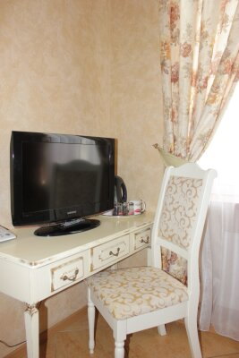 Гостиница-отель, улица Ахметова, 297 на 11 номеров - Фотография 1