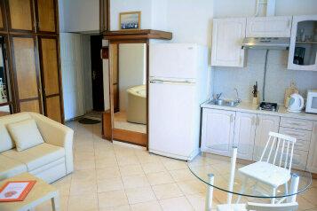 1-комн. квартира, 33 кв.м. на 3 человека, Смоленская-Сенная, 23-25, метро Смоленская, Москва - Фотография 2