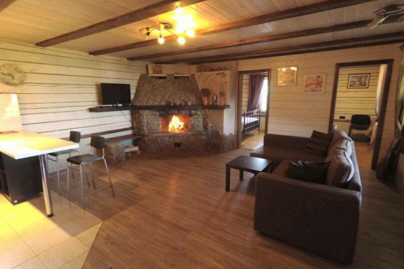 Шале с камином для семейного отдыха, 60 кв.м. на 2 человека, 2 спальни, 40 лет Октября, 10, Таватуй - Фотография 1