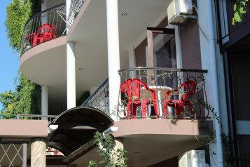 Гостевой дом, Сурожская улица, 80 на 8 номеров - Фотография 2