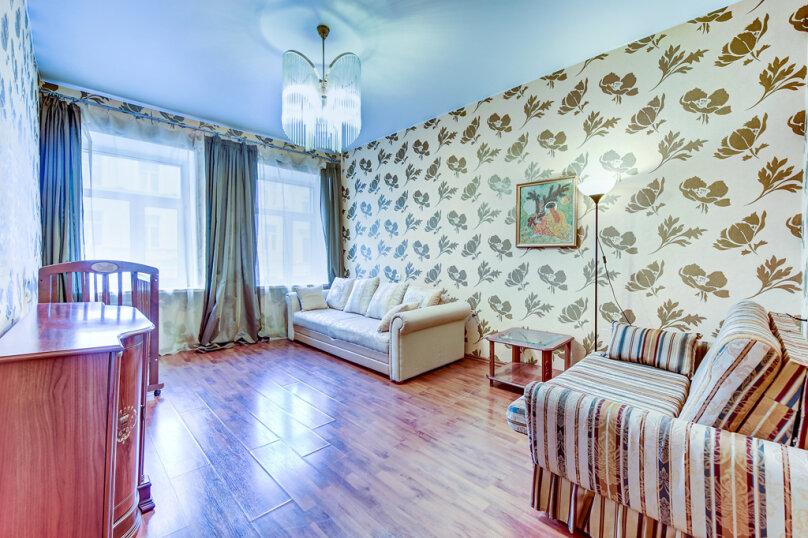 2-комн. квартира, 65 кв.м. на 1 человек, Миллионная улица, 28, Санкт-Петербург - Фотография 1