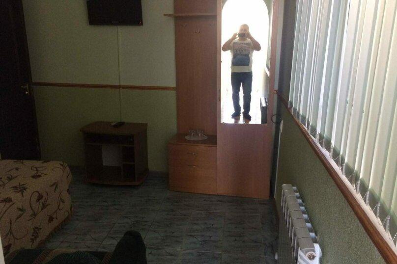 "Гостевой дом ""Арцах"", улица Батурина, 7А на 2 комнаты - Фотография 16"