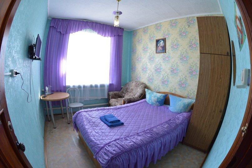 Номер эконом (12 кв.м), Магистральная, 37 , Горно-Алтайск - Фотография 1