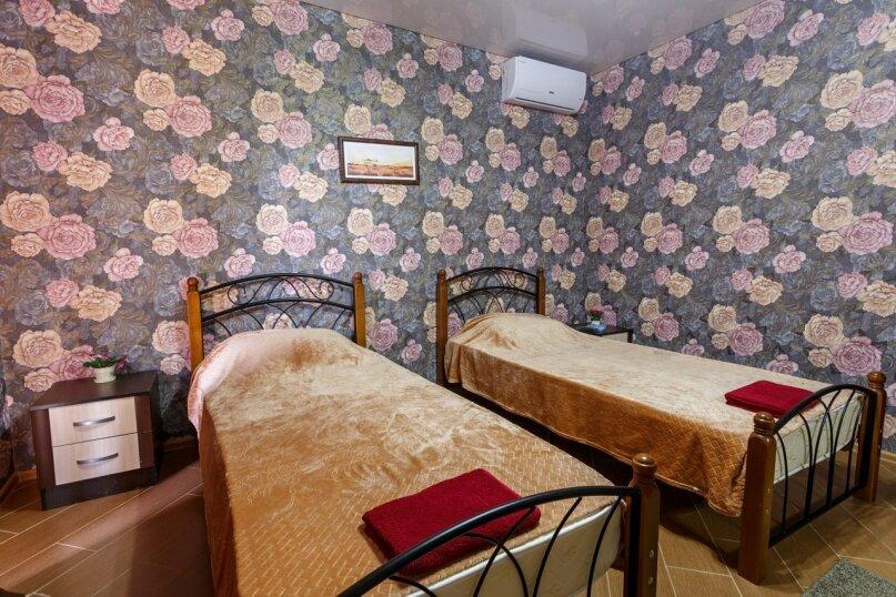 """Гостиница """"Коршикофф"""", Черкесская улица, 7 на 12 номеров - Фотография 39"""