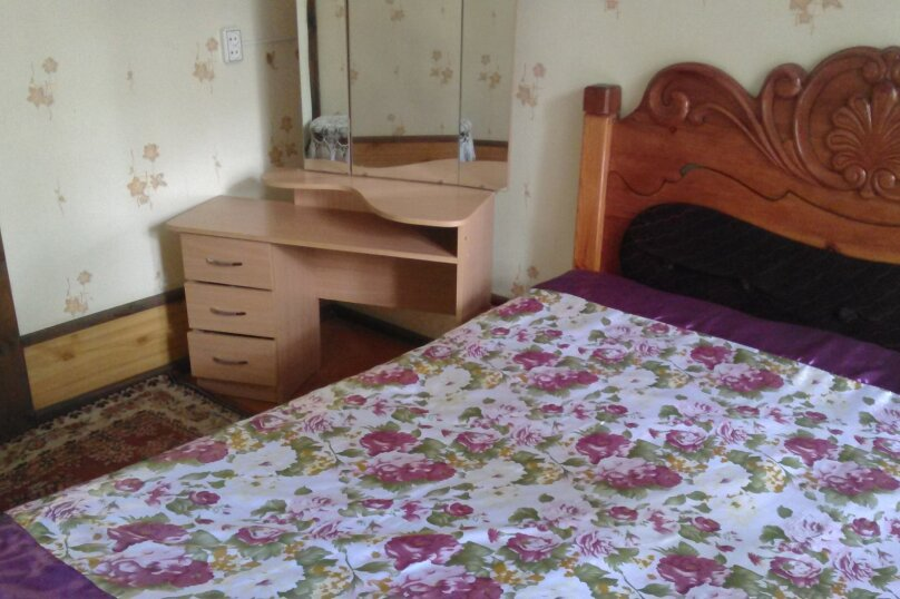 Дом, 100 кв.м. на 9 человек, 3 спальни, с. Чемал, Курортная улица, 28, Алтайский - Фотография 3