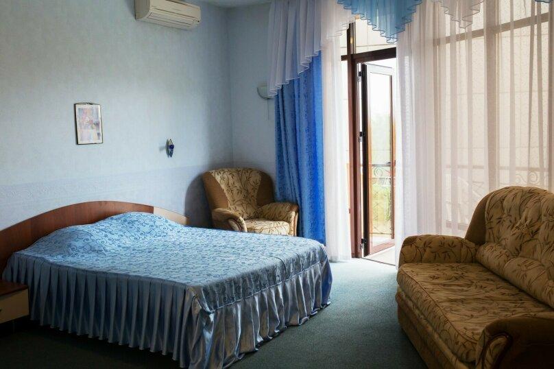 Отдельная комната, улица Багратиона, 5, Лазаревское - Фотография 1