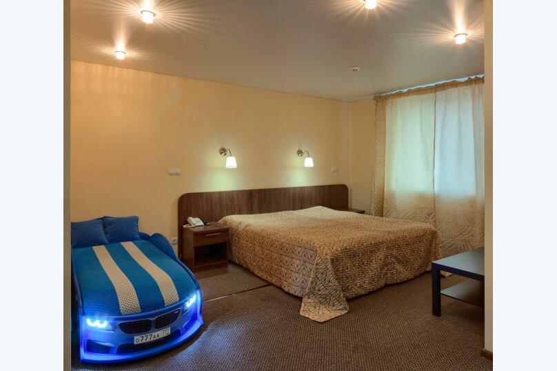 """Отель """"Два крыла"""", улица Ломоносова, 31 на 23 номера - Фотография 36"""