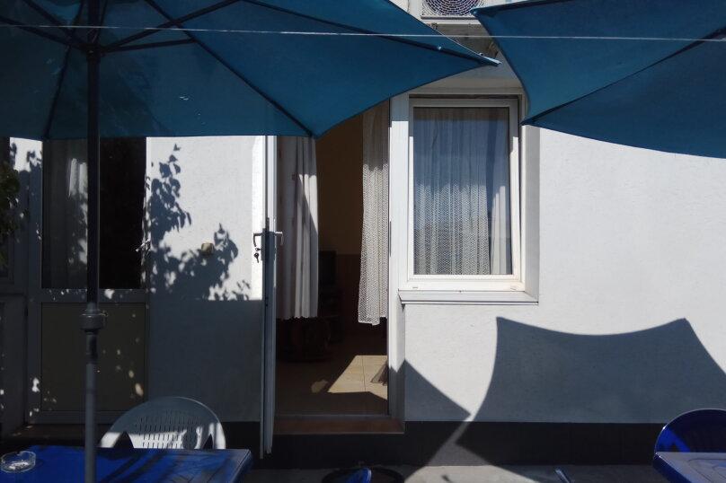 """Гостевой дом """"Ребекка"""" , улица Краснодонцев, 5 на 4 комнаты - Фотография 52"""