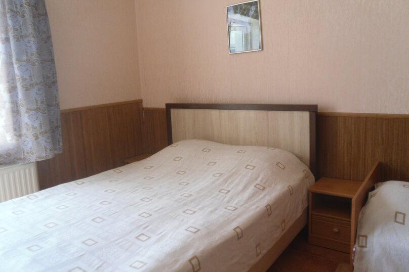 """Гостевой дом """"Ребекка"""" , улица Краснодонцев, 5 на 4 комнаты - Фотография 39"""