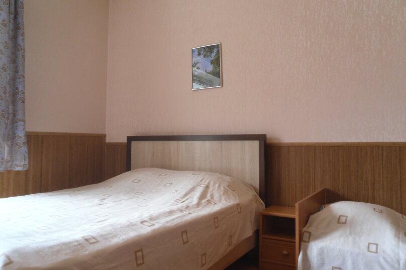 """Гостевой дом """"Ребекка"""" , улица Краснодонцев, 5 на 4 комнаты - Фотография 41"""