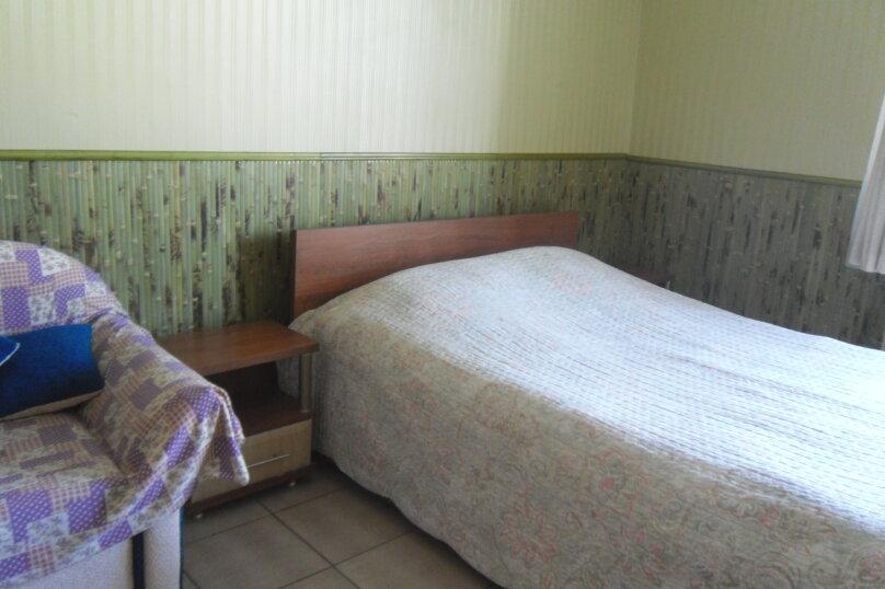 """Гостевой дом """"Ребекка"""" , улица Краснодонцев, 5 на 4 комнаты - Фотография 21"""