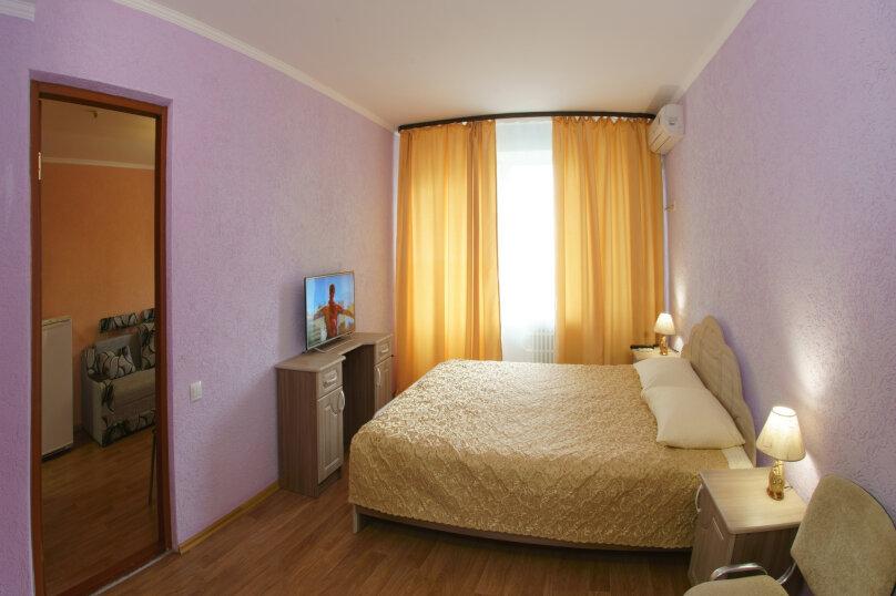 """5-этажный корпус 2-комн. 3-х местный """"полулюкс"""", улица Елисеева, 25, Оленевка - Фотография 1"""