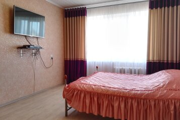 1-комн. квартира, 35.6 кв.м. на 3 человека, улица Коминтерна, Тверь - Фотография 2