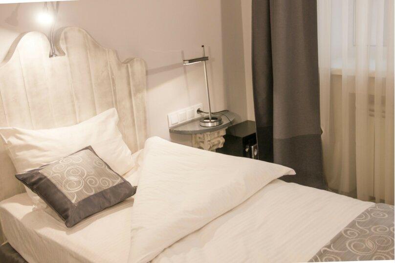 Стандартный одноместный номер с большой кроватью , улица Маяковского, 18, Омск - Фотография 1