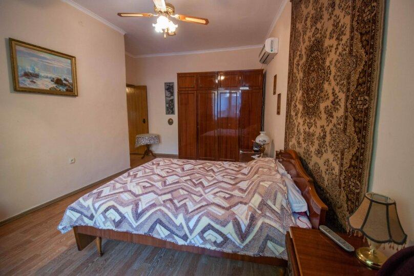 Уютный Дом в Ялте с двориком и местом для авто, 77 кв.м. на 6 человек, 1 спальня, Изобильная улица, 4, Ялта - Фотография 7