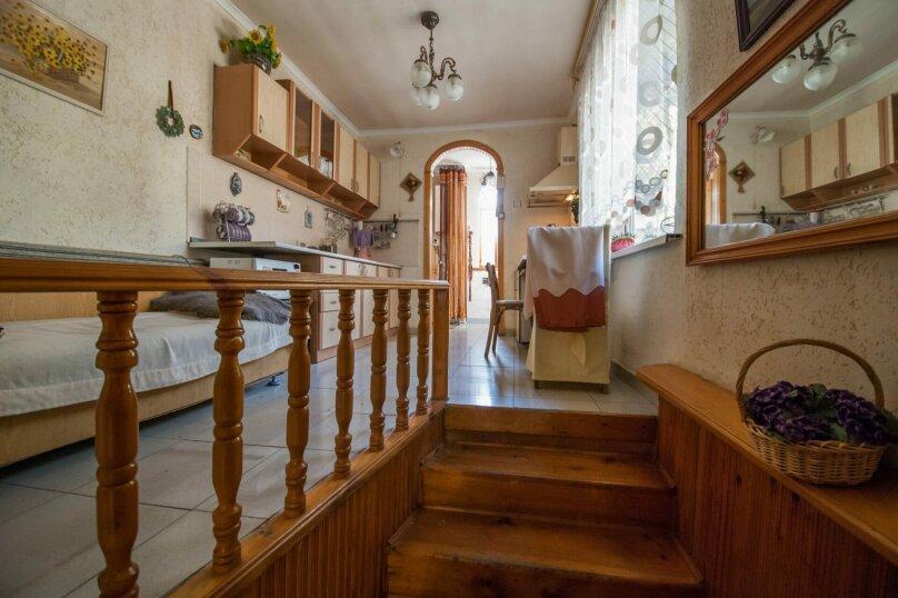 Уютный Дом в Ялте с двориком и местом для авто, 77 кв.м. на 6 человек, 1 спальня, Изобильная улица, 4, Ялта - Фотография 10