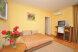 2х комнатный номер сьют:  Номер, Полулюкс, 3-местный, 2-комнатный - Фотография 34