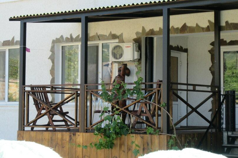 """Гостевой дом """"Усадьба Альпийский дворик"""", улица Королёва, 16 на 9 комнат - Фотография 36"""