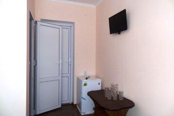 Гостевой дом , Азовская улица, 36 на 12 номеров - Фотография 4