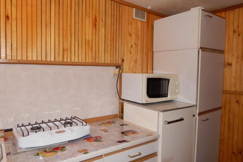 Домик  отдельный   в  тихом  месте, 25 кв.м. на 3 человека, 1 спальня, Щепкина, 1, Алупка - Фотография 8